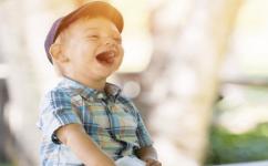 宝宝什么时候要去打疫苗?发烧了能打疫苗吗?