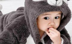 宝宝辅食先吃什么最好?如何让宝宝爱上吃辅食